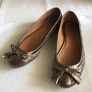 Coach Sophia Canvas Signature/Gold Bronze Flats